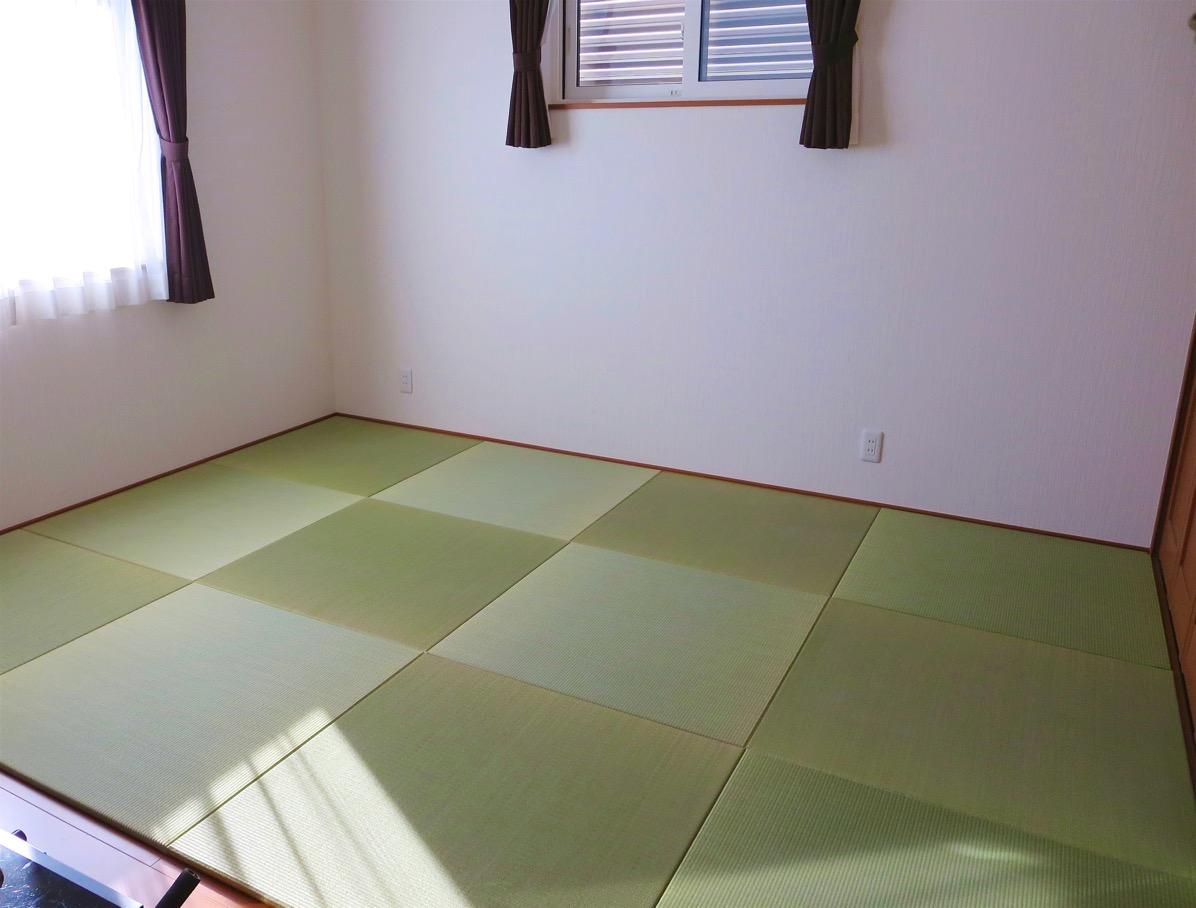 天然い草 置き畳を16枚敷いた部屋