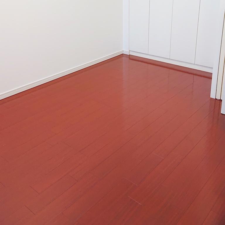 畳を敷く予定のフローリングの部屋